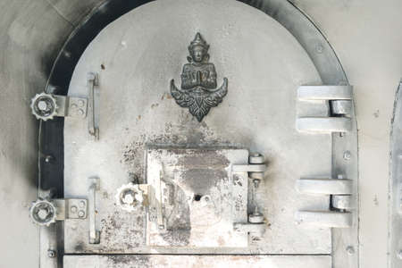 chamber: The Buddhist Thai cremation chamber
