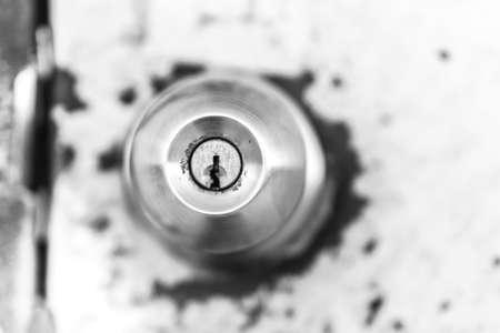 door knob: Door knob on rusty door