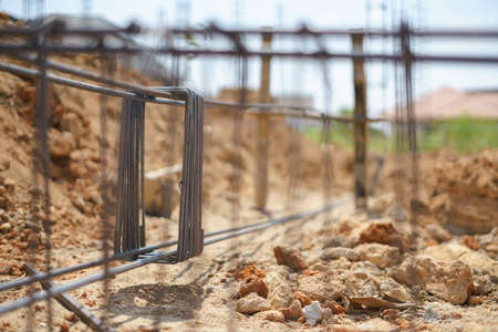 Rustic rebar for reinforced steel bar in square shape for concrete structure in house construction 스톡 콘텐츠