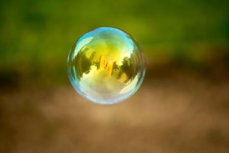 jabon liquido: Jab�n buble vuelo. Casas refleja pulgadas