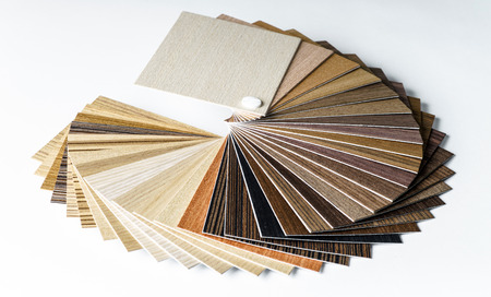 Thin wooden samples sheaf. Interior design industry. Standard-Bild