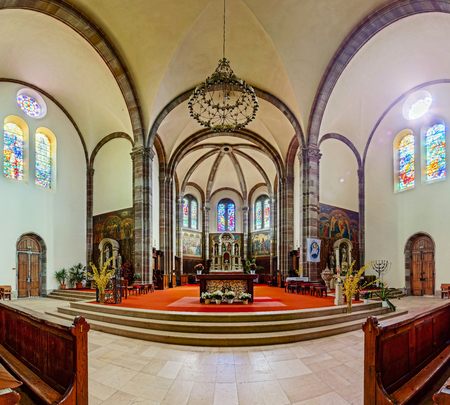 vitrage: Panoramic interior view of church in Dambach-la-ville, Alsace, France Editorial