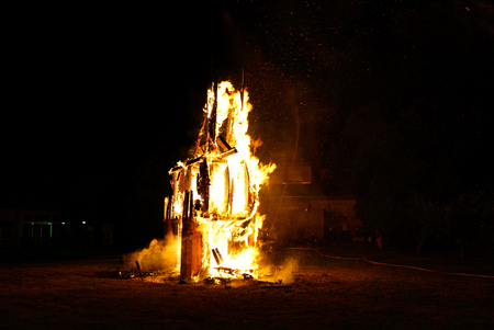 quemado: Saint Jean festival in french village. Flaming sculpture of horse. Alsace, France. Foto de archivo