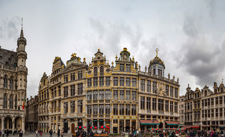 Editorial: 16th April 2017: Brussels, Belgium. High resolution panoramic street view. Pedestrian at Grand place. Europe.
