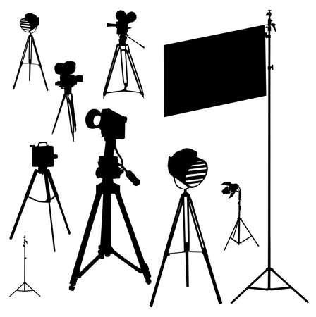 cinematografico: Ilustraci�n con conjunto cinematogr�fica aislado sobre fondo blanco