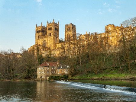 durham: Durham Cathedral  overlooking the River Wear in the North East of England Stock Photo