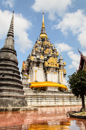 come in: flood come in pagoda