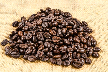 sack cloth: roasted coffee beans on sack cloth