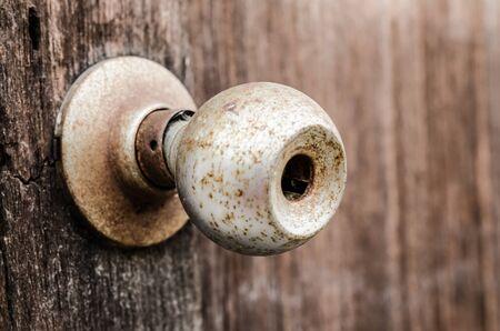 antique keyhole: Old door knob and keyhole on wooden door