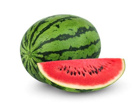 ganze und schneidet Wassermelonenfrucht isoliert auf weißem Hintergrund