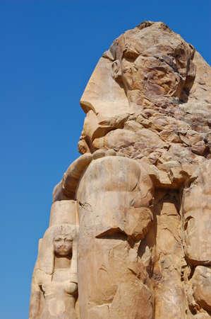 pharoah: Pharoah Amenhotep III statue and his wife, Egypt
