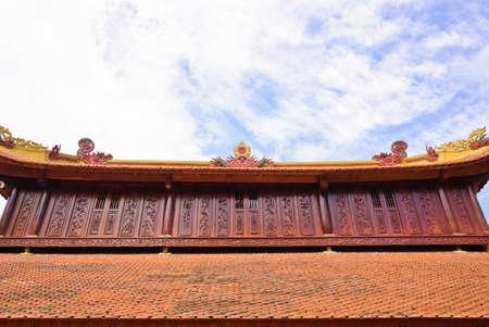 tran: Roof decorate of Tran Quoc temple, Vietnam
