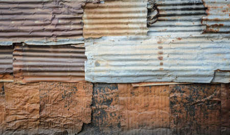 corrugate: Rusty corrugated galvanize steel wall texture background