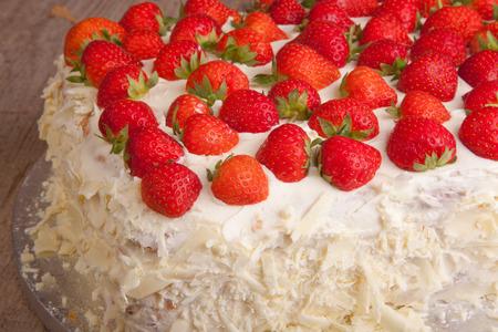 mascarpone: close up strawberry and mascarpone cake Stock Photo