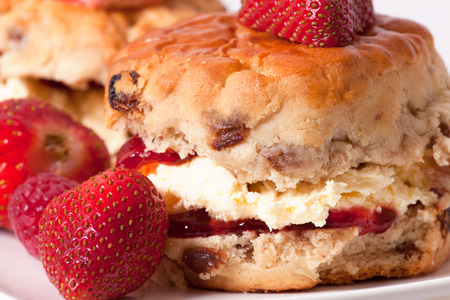 srawberries: scones macro picture with fresh srawberries