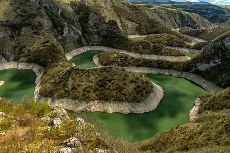 Uvac river meanders in Serbia 版權商用圖片
