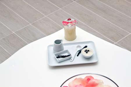 nailart: Spa with vanilla for beauty