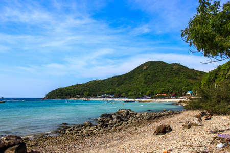 Seascape view in blue sky day at Koh Larn, Pattaya, Thailand Stock Photo