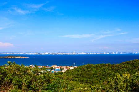 Beautiful tropical island Seascape in blue sky at Koh Larn, Pattaya, Thailand Stock Photo