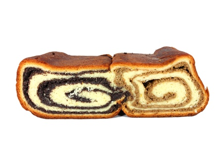 bred: Yeast bred filled with poppyseed and with walnut
