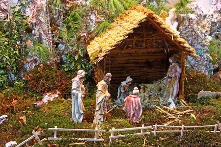 nacimiento de jesus: Pesebre de Navidad del nacimiento de Jes�s en una antigua casa de campo