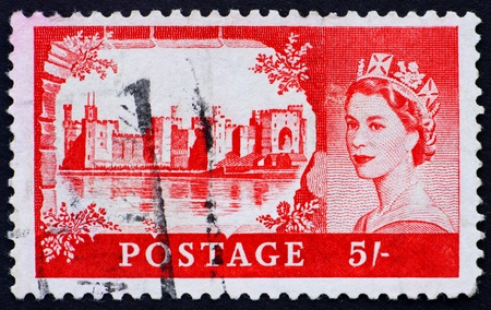GREAT BRITAIN - CIRCA 1952: a stamp printed in the Great Britain shows Caernarfon Castle, Wales, circa 1952 Stock Photo - 11030089