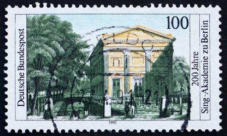 chóralne: NIEMCY - OKOŁO 1991: pieczęć drukowane w Niemczech pokazuje Akademii Chóralnej śpiewu w Berlinie, Bicentennial, ok. 1991