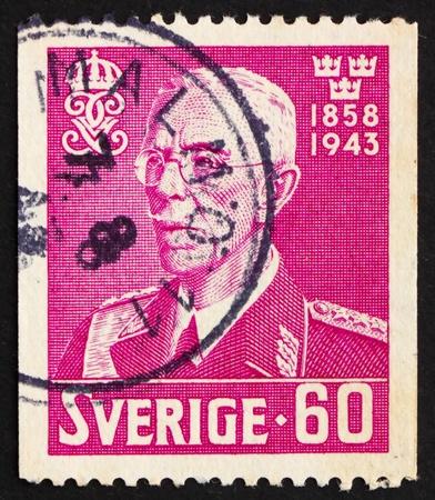 gustaf: SWEDEN - CIRCA 1943: a stamp printed in the Sweden shows King Gustaf V, circa 1943