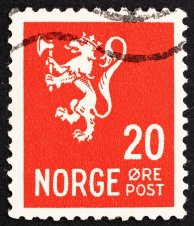 rampant: NORWAY - CIRCA 1937: a stamp printed in the Norway shows Lion Rampant, Norwegian Lion, circa 1937