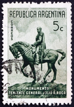 ARGENTINA - CIRCA 1941: a stamp printed in the Argentina shows Statue of General Alejo Julio Argentino Roca Paz, President of Argentina, 1898 - 1904, circa 1941 Stock Photo - 15056130