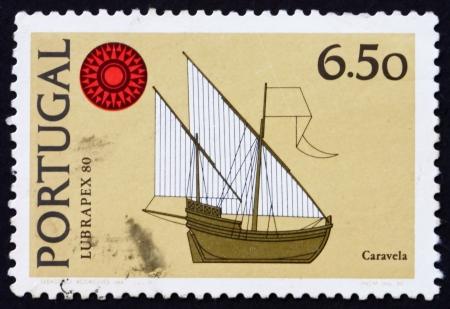 caravelle: PORTUGAL - CIRCA 1980: un timbre imprim� dans le Portugal montre Caravel, LUBRAPEX 80 embl�me, Stamp Exhibition, Lisbonne, vers 1980