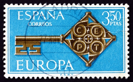 AIN - CIRCA 1968: a stamp printed in the Spain shows Golden Key with CEPT Emblem, Europa 1968, circa 1968 Stock Photo - 20511175