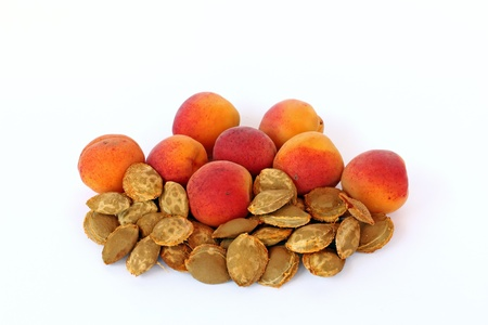 apricot kernels: Apricots and apricot kernels