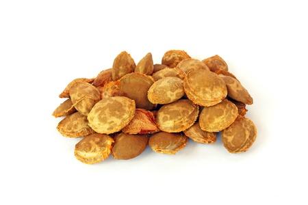 apricot kernels: Apricot kernels