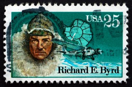 VERENIGDE STATEN VAN AMERIKA - CIRCA 1988: een stempel gedrukt in de Verenigde Staten toont Richard Evelyn Byrd, Antarctic Explorer, circa 1988 Redactioneel