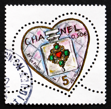 chanel: FRANCE - CIRCA 2004: a stamp printed in the France shows Chanel No. 5 Perfume Bottle, Valentine�s Day, Heart, circa 2004