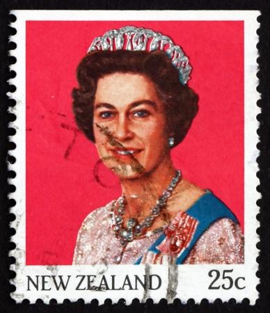 queen elizabeth: NEW ZEALAND - CIRCA 1985: a stamp printed in the New Zealand shows Queen Elizabeth II, circa 1985