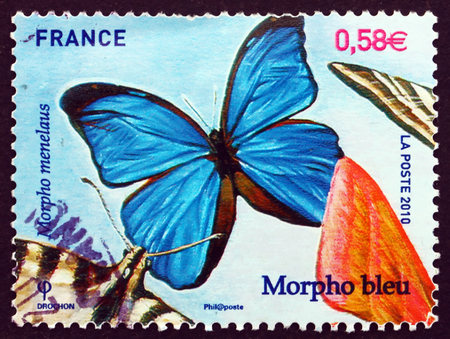 morpho menelaus: FRANCIA - CIRCA 2010: un sello impreso en la Francia muestra Menelao Azul Morpho, Morpho Menelao, mariposa, alrededor del a�o 2010