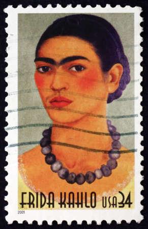 pintor: EE.UU. alrededor de 2001: un sello impreso en los EE.UU. muestra Frida Kahlo mexicana Pintor alrededor del año 2001
