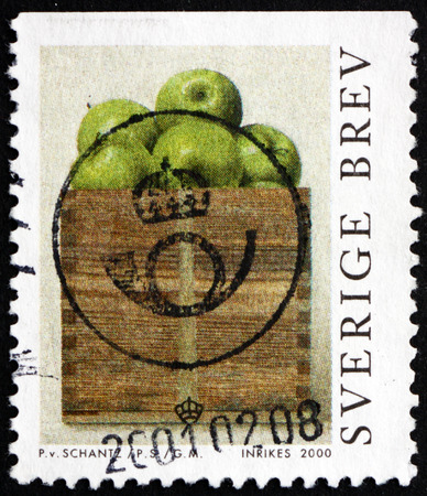 peck: SWEDEN - CIRCA 2000: a stamp printed in the Sweden shows A Peck of Apples, Painting by Philip von Shantz, circa 2000 Editorial