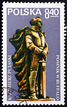 nobleman: POLAND - CIRCA 1979: a stamp printed in Poland shows Pulaski Monument, Buffalo, General Casimir Pulaski, Polish Nobleman who Served in American Revolutionary War, circa 1979 Editorial