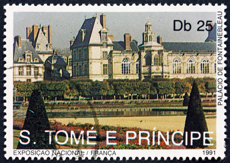 tome: SAO TOME AND PRINCIPE - CIRCA 1991: a stamp printed in Sao Tome and Principe shows Fountainebleau Palace, Landmarks of France, circa 1991 Editorial