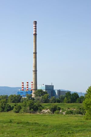 ZAGREB, CROATIA - JULY 4, 2014: TE-TO Zagreb is thermal power plant in the eastern part of Zagreb, intended for the production of electrical and thermal energy for the needs of the city of Zagreb 新聞圖片