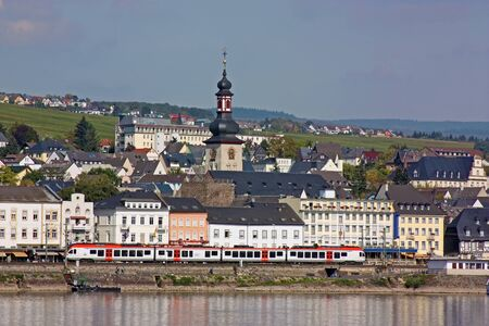 rudesheim: View from the Rhine to the town of Rudesheim