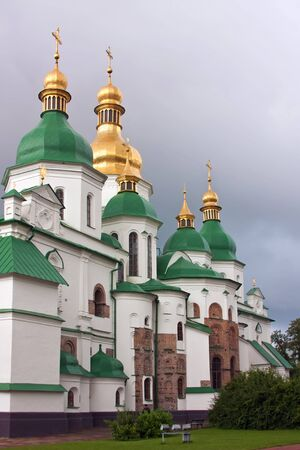 rus: Saint Sophia Cathedral in Kiev is an outstanding architectural monument of Kievan Rus