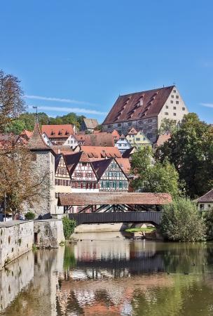 Schwäbisch Hall ist historische Stadt im deutschen Bundesland Baden-Württemberg und liegt im Tal des Flusses Kocher