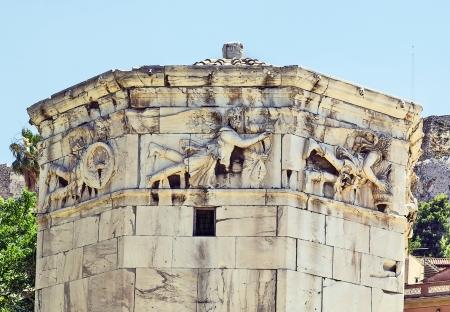 octagonal: La Torre de los Vientos es una torre del reloj de m�rmol del Pent�lico octogonal en el �gora de Atenas