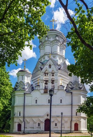 john the baptist: Church of John the Baptist in Dyakovo, 16th century, Moscow, Russia