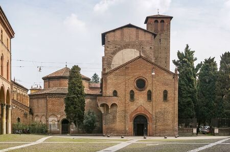 encompasses: The basilica of Santo Stefano encompasses a complex of religious edifices in the city of Bologna, Italy. Stock Photo