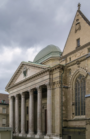 protestant: The St. Pierre Cathedral is a cathedral in Geneva, Switzerland, today belonging to the Reformed Protestant Church of Geneva. Stock Photo